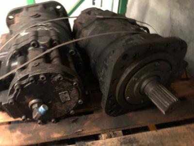 Hitachi 4477062 Travel Motor