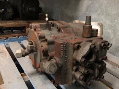 Hitachi 4439491 Swing Motor