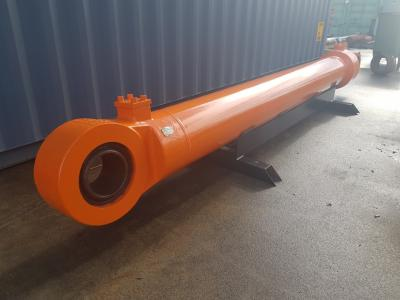 Hitachi 4436678-09 Boom Cylinder
